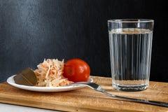 Chiavetta di vetro spessa con vodka Fotografie Stock Libere da Diritti