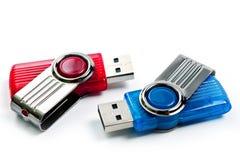 Chiavetta USB luminosa, nuovo, ad alta velocità su un fondo bianco fotografie stock