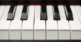 Chiavi dell'ebano e dell'avorio del pianoforte a coda Fotografia Stock Libera da Diritti