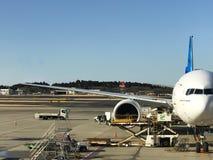 Chiba, Япония - 19-ое февраля 2017: взгляд operati авиапорта Narita Стоковое Изображение RF