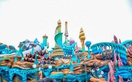CHIBA, GIAPPONE - MAGGIO 2016: Atraction della laguna della sirena a Tokyo Disneysea situato a Urayasu, Chiba, Giappone Fotografie Stock Libere da Diritti