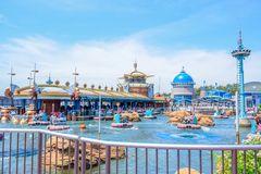 CHIBA, JAPÃO: Atração de Aquatopia na área da descoberta do porto no Tóquio Disneysea situado em Urayasu, Chiba, Japão foto de stock royalty free