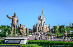 CHIBA, JAPAN: Walt Disney statue with view of Cinderella Castle in the background, Tokyo Disneyland. Walt Disney statue with view of Cinderella Castle in the Royalty Free Stock Images