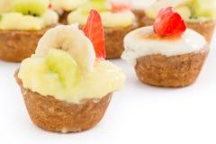Chibouste tarta z wanilią i owoc Zdjęcia Royalty Free
