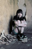 Chica joven asustada. Fotografía de archivo libre de regalías