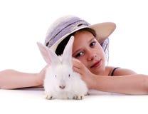 Chica joven con el conejo Fotos de archivo libres de regalías