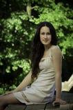 Chica joven con el pelo largo Imagen de archivo libre de regalías