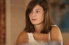 Chica joven con el pelo marrón Fotografía de archivo libre de regalías