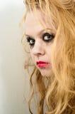 Chica joven con el pelo rubio largo Imagen de archivo