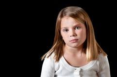 Chica joven con el suéter blanco Imagen de archivo libre de regalías