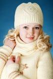 Chica joven con la bufanda Foto de archivo libre de regalías