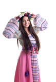 Chica joven con la guirnalda - traje ruso oriental Imagen de archivo
