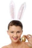 Chica joven con los oídos del conejito Imagen de archivo libre de regalías