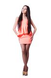 Chica joven con los pelos marrones en vestido corto Fotografía de archivo