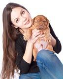 Chica joven con puply de Dogue de Bordeaux Foto de archivo