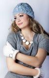 Chica joven con un pelo justo largo fotos de archivo libres de regalías