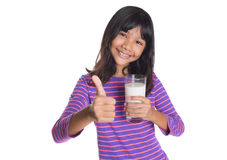 Chica joven con un vidrio de la leche X Fotos de archivo libres de regalías