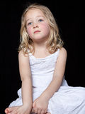 Chica joven contemplativa Foto de archivo libre de regalías