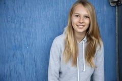 Chica joven de moda Imágenes de archivo libres de regalías