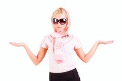 Chica joven dulce hermosa en color de rosa Foto de archivo libre de regalías
