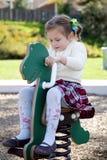 Chica joven en el parque Fotografía de archivo
