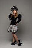 Chica joven en el vestido del estilo ruso Fotografía de archivo libre de regalías