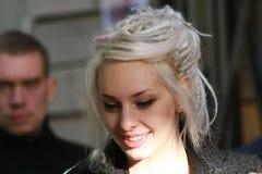 Chica joven en la imagen de Daenerys Targaryen Fotografía de archivo