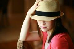 Chica joven en sombrero Imagen de archivo