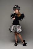 Chica joven en vestido del th del estilo ruso Fotografía de archivo
