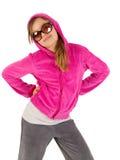 Chica joven hermosa en chaqueta rosada con el capo motor y Fotografía de archivo libre de regalías