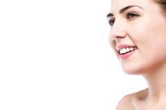 Chica joven hermosa sonriente con la piel limpia Imágenes de archivo libres de regalías