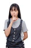Chica joven que lo hace una custodia gesto de la tranquilidad Imagen de archivo libre de regalías