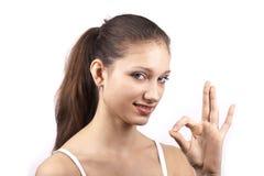 Chica joven que muestra OK Imagen de archivo libre de regalías