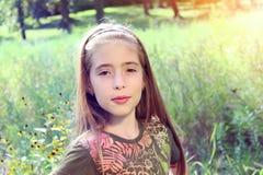 Chica joven en el parque Fotos de archivo