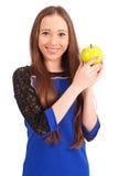 Chica joven que sostiene la manzana roja Imagen de archivo