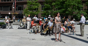 Chicago Barrister's Band performs in Federal Plaza Stock Photos