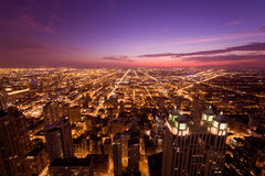 Chicago bij nacht Royalty-vrije Stock Foto's