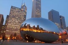 Chicago-Bohne an der Dämmerung lizenzfreies stockfoto