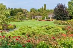 Chicago Botanic Garden, the rose garden area with Rose Petal Fountain, USA Stock Photos