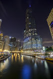 Chicago céntrica por noche, Illinois Fotos de archivo libres de regalías