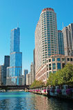 Chicago: canal cruise on Chicago River, skyline and Trump tower on September 22, 2014 Stock Images