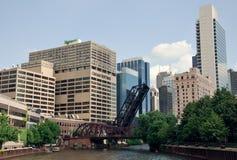Chicago centrum och Chicago River, USA Fotografering för Bildbyråer