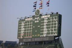 chicago cubs табло wrigley поля стоковые фотографии rf