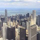 Chicago da baixa na noite em preto e branco Imagem de Stock Royalty Free