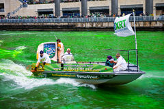Teñido del río Chicago fotos de archivo