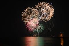 Chicago, de V 1 Januari 2017 Vuurwerk bij Marinepijler aan welcom Stock Afbeelding