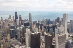 Chicago del centro alla notte in in bianco e nero Fotografia Stock Libera da Diritti