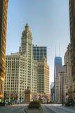 Chicago du centre avec le bâtiment de Wrigley Photos libres de droits
