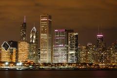 Chicago en la noche Foto de archivo libre de regalías