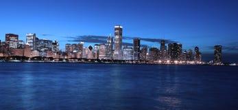 Chicago en la noche fotografía de archivo libre de regalías